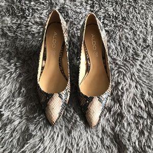 ALDO faux snakeskin kitten heel pumps size 37